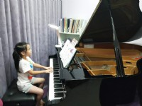 新店鋼琴名師推薦: 學費一次繳半年免費加贈一堂! 加line: lavendermusic2805報名! 限時優惠!_圖片(1)