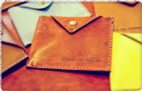 【好康十傳百】舊會員送500點!!新會員送價值580的皮革零錢包_圖片(1)
