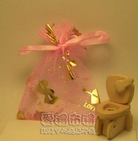 【愛禮布禮】 婚禮小物: 粉紅色串串心燙金雪紗袋7x9cm,1個1.5元,10個15元,訂購單位1為10個_圖片(1)