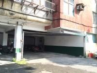 成功市場旁─華廈一樓平面車位出租_圖片(1)