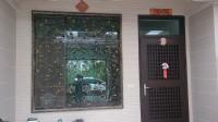 龍澤企業社-鋁門窗.採光罩.淋浴拉門.藝術燈.藝術門_圖片(2)