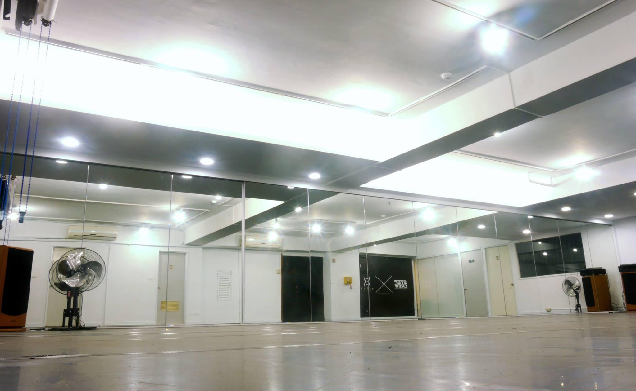 Vaste Studio/西門町空間租借/大型舞蹈教室/攝影棚承租/排練場地/展演空間/30坪/0976517460 - 20150316000151-435444609.jpg(圖)