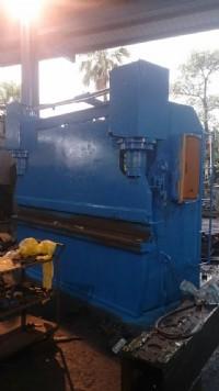 專營CNC車床‧銑床‧氣壓式沖床‧各種工作母機買賣_圖片(1)