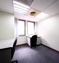 近國父紀念館捷運站,大巨蛋商圈辦公大樓 靠窗 1-2人辦公室出租_圖片(1)