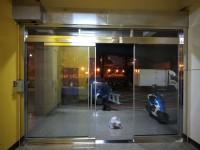 高雄氣密窗、採光罩、室內玻璃隔間、淋浴隔間施工【彩瑞門窗工程行】_圖片(3)