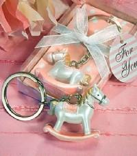 【愛禮布禮】婚禮小物: 小馬創意鑰匙圈禮盒(粉.藍色混批) 一般價 20 元 會員價 20 元_圖片(1)