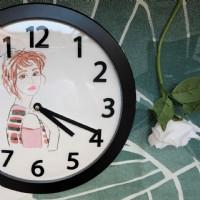 【客制手繪人像時鐘 寫實水彩藝術 送縮時影片 記錄美好】掛鐘 擺鐘 壁鐘 創意禮物 紀念日 復刻回憶 紀念品_圖片(1)