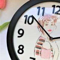 【客制手繪人像時鐘 寫實水彩藝術 送縮時影片 記錄美好】掛鐘 擺鐘 壁鐘 創意禮物 紀念日 復刻回憶 紀念品_圖片(3)