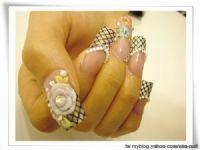 伊林日式造型手足(美甲)空間~台南 水晶指甲.指甲彩繪.手足保養_圖片(1)
