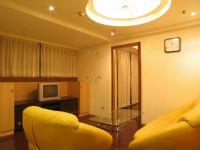 @美美美@ 有裝潢  一房一廳 近中醫學院  22坪租金很便宜喔 不看可惜!!_圖片(2)