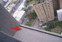 台中地區歡迎有需要安裝各式安全網 可以與我聯絡 0982-815997劉小姐_圖片(1)