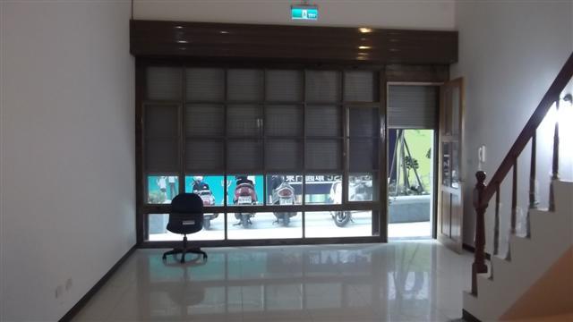 新竹租店面- 全新小店面办公室.楼中楼夹层