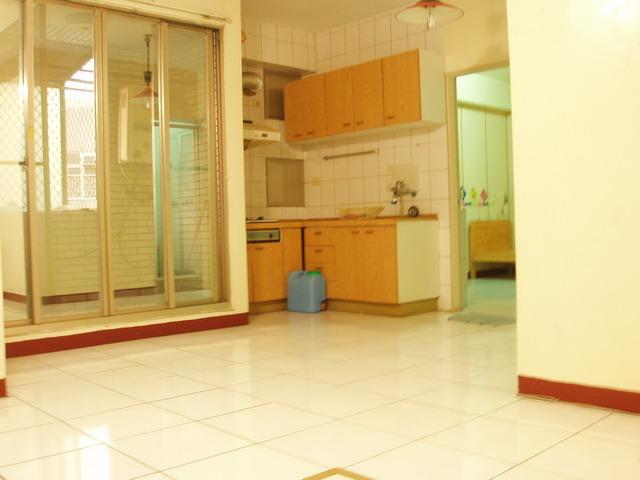 光華街27坪2房一和室公寓『香格里拉』 - 20090407124013_80164437.jpg(圖)